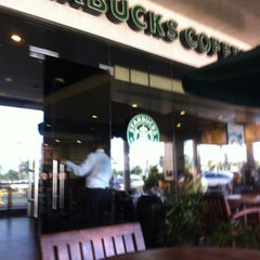 Photo taken at Starbucks by Reginald C. on 7/5/2012