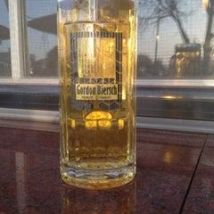 Photo taken at Gordon Biersch Brewery Restaurant by Mayor Of T. on 3/1/2012