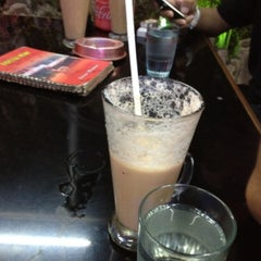 Photo taken at Cie Rasa Loom 2 by Dinda P. on 5/31/2012