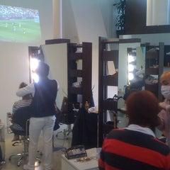 Photo taken at SELF Estética & Spa by WLTRDRGZ .. on 8/11/2012