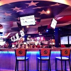 Photo taken at Toby Keith's I Love This Bar & Grill by Katy B. on 9/9/2012