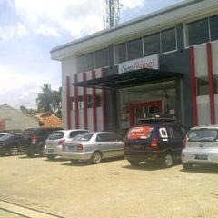 Photo taken at The Kebon by Pramudia K. on 3/31/2012