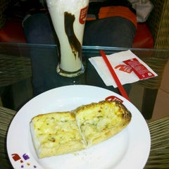 Photo taken at Cafe Coffee Day by Mouna S. on 9/13/2012