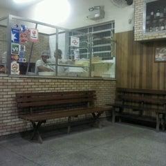 Photo taken at Delicata Pizzaria by Marco B. on 2/6/2012