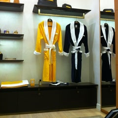 Photo taken at Boutique Acqua di Parma by Tom N. on 6/24/2012