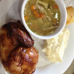 Photo taken at Boston Market by Faye L. on 7/27/2012