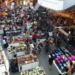 Photo taken at CentralPlaza Chonburi (เซ็นทรัลพลาซา ชลบุรี) by Wisut T. on 7/14/2012