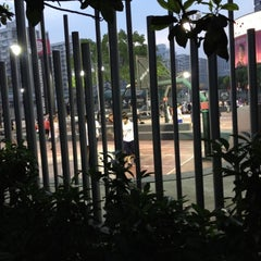 Photo taken at 上海耐克篮球公园 by John L. on 5/18/2012