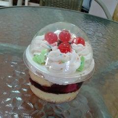Photo taken at ร้านกาแฟ (ใต้ตึกกิจกูล) by koi b. on 8/9/2012