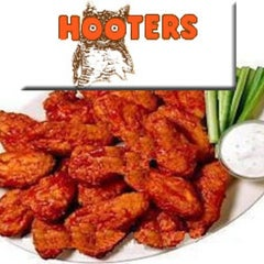 Photo taken at Hooters by Keith W. on 9/2/2012