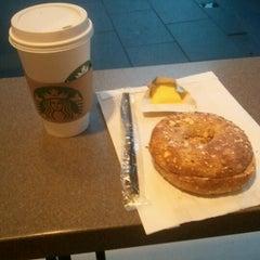 Photo taken at Starbucks by rafael r. on 3/24/2012