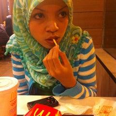 Photo taken at McDonald's by RaRa S. on 5/17/2012