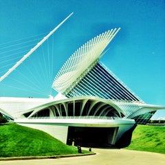 Photo taken at Milwaukee Art Museum by Rita on 7/28/2012