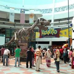 Photo taken at Sports Arena Pusat Sains Negara by Mia A. on 6/10/2012