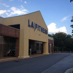 Photo taken at LA Fitness by Vinicius A. on 8/24/2012