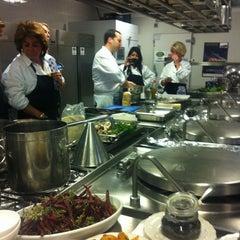 Photo taken at Roberto's Restaurant by mariska m. on 3/16/2012