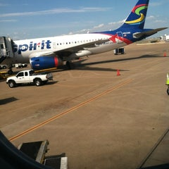 Photo taken at Gate E32 by KP on 6/2/2012