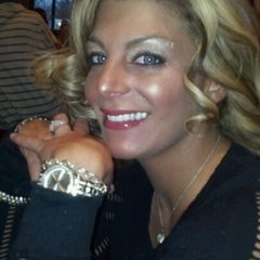 Photo taken at Sarna's Classic Grill by Jasmine R. on 2/6/2012
