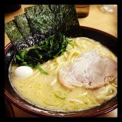 Photo taken at ラーメン 恵比寿家 by gorobros on 7/19/2012