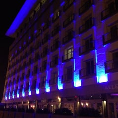 Photo taken at Allegria Hotel by Mathieu L. on 6/11/2012