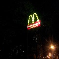 Photo taken at McDonald's by Rafael E. on 7/21/2012