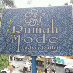 Photo taken at Rumah Mode Factory Outlet by Nico D. on 5/16/2012