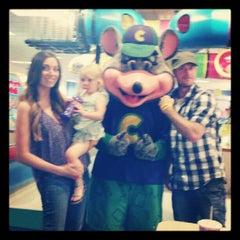 Photo taken at Chuck E. Cheese's by Josh V. on 7/17/2012