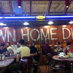 Photo taken at Down Home Diner by Justin M. on 9/2/2012
