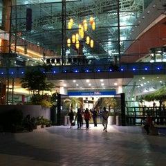 Photo taken at La Vela Centro Comercial by Luis M. on 6/10/2012