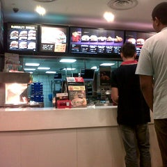 Photo taken at McDonald's by Ecah A. on 8/22/2012