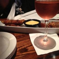 Photo taken at LongHorn Steakhouse by Keri B. on 6/17/2012