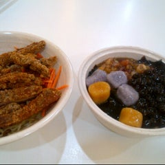 Photo taken at Yummy Taiwan by Julie Y. on 5/2/2012