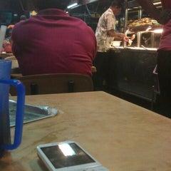 Photo taken at Restoran Selera Ampang by Neverthar W. on 9/7/2012