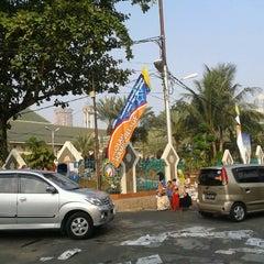 Photo taken at Masjid Al-Istiqna by Jimmy C. on 8/19/2012