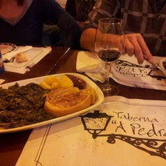 Photo taken at Taberna A Pedra by Chechu L. on 2/5/2012