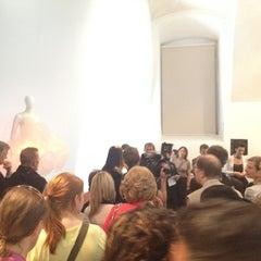Photo taken at freiraum quartier21 INTERNATIONAL by Lisa S. on 6/14/2012