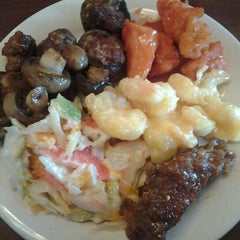 Photo taken at Fuji Chinese Buffet by ~$teve~ .. on 9/5/2012
