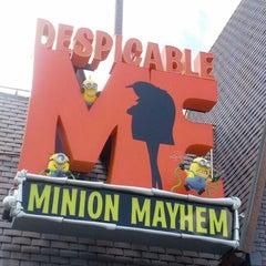 Photo taken at Despicable Me: Minion Mayhem by Orlando Informer on 5/19/2012