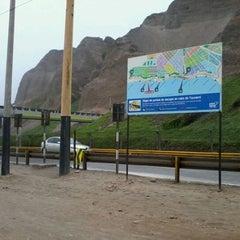 Photo taken at Circuito de Playas - Miraflores by Liria D. on 4/1/2012