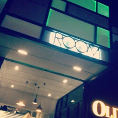 Photo taken at ROOM Music Club . Live Band by Joyce C. on 4/13/2012