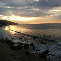 Photo taken at Malibu Beach Inn by Robert R. on 9/5/2012