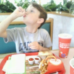 Photo taken at Arby's by Justin M. on 5/14/2012