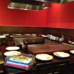Photo taken at Fuji Hana Hibachi Steakhouse & Sushi Bar by Shiela V. on 6/22/2012