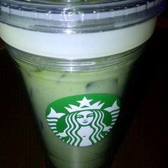 Photo taken at Starbucks by Natyra N. on 2/12/2012