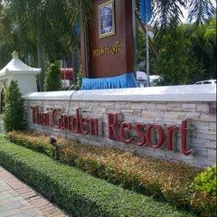 Photo taken at Thai Garden Resort (ไทยการ์เด้น รีสอร์ท) by Parvit C. on 8/13/2012