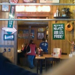 Photo taken at Famous Dave's by Bill V. on 4/15/2012