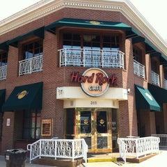 Photo taken at Hard Rock Cafe Memphis by Julien S. on 2/23/2012