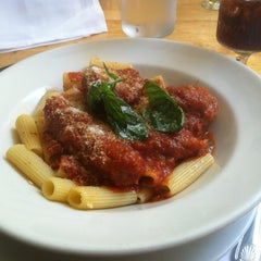 Photo taken at Il Cortile by Kevin D. on 8/26/2012