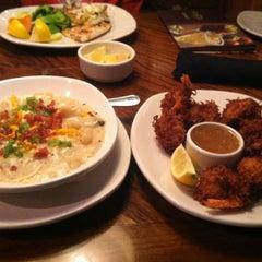 Photo taken at Outback Steakhouse by Elliott E. on 8/12/2012