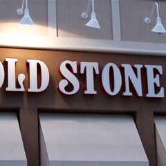 Photo taken at Cold Stone by MikesJewelry T. on 3/30/2012